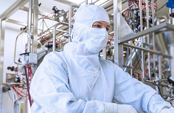 TRB-Chemedica Fabrik in Vouvry (Wallis), Schweiz: Sliderbild 4 Mitarbeiter